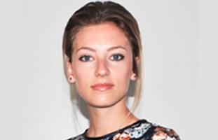 Photographie de Laura Choffel, assistante chef de produit chez Hermès